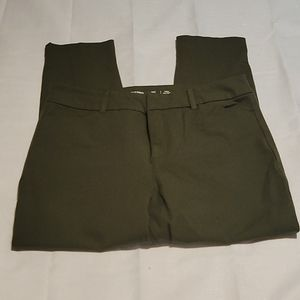 Old Navy olive green high waist Pixie pants